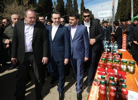 Gürcüstan prezidenti və baş naziri Novruz bayramı münasibəti ilə Marneulidə azərbaycanlıları təbrik ediblər