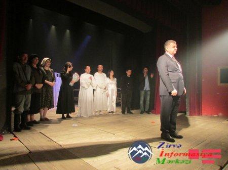 Tiflisdə azərbaycanlı aktyorların iifasında Nodar Dumbadzenin