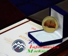 Bədirxan Əhmədov «Qızıl Kəlmə» mükafatına layiq görüldü
