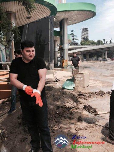 Tiflisdə fəsadların aradan qaldırılmasında azərbaycanlı könüllülər də iştirak edir