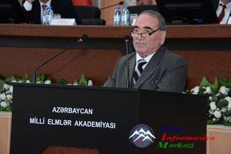 AMEA Rəyasət Heyətinin geniş iclasında akademik Tofiq Hacıyevin çıxışı