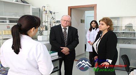 Belarus Milli Elmlər Akademiyasının baş elmi katibi Molekulyar Biologiya və ...