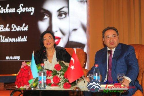 BDU-da Türkan Şoray coşğusu yaşandı