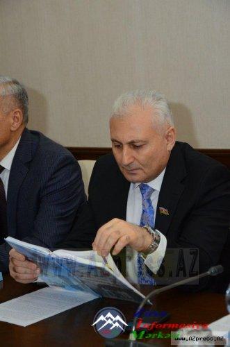 """""""Heydər Əliyev və Azərbaycanın milli qəhrəmanları"""" kitabının təqdimat mərasimi"""