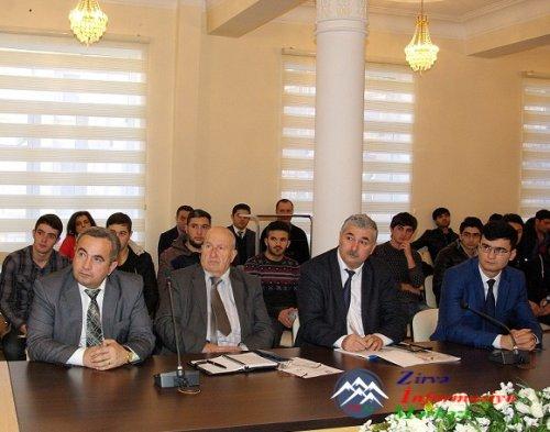 """AzTU-da """"UNEC MBA Proqramı""""nın təqdimatı keçirilmişdir"""