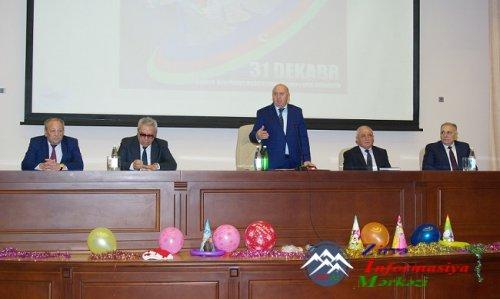 AzTU-da Dünya Azərbaycanlılarının Həmrəylik Günü və qarşıdan gələn Yeni il  ...