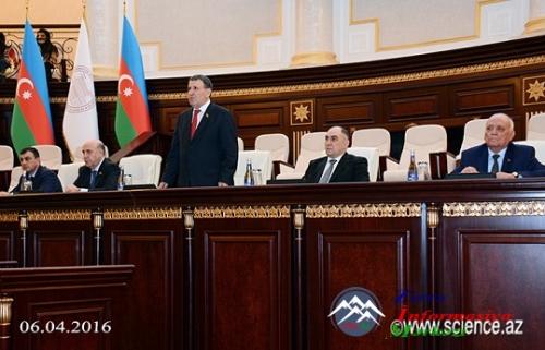 Azərbaycan elmi ictimaiyyəti Milli Ordumuzu inamla dəstəkləyir