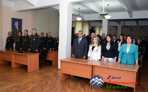Hərbi Akademiyada xarici dil kurslarının buraxılışı keçirilib