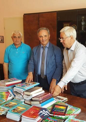 Deputat Əflatun Amaşov Gürcüstanda görüşlər keçirib