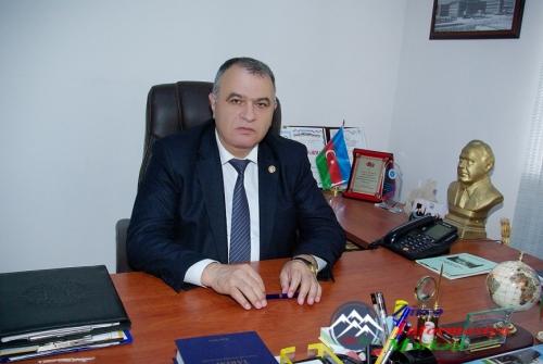 AzTU-nun kafedra müdiri, professor Şikar Qasımov