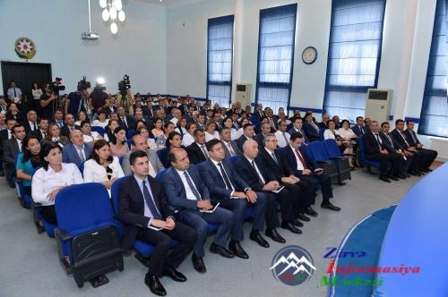 Təhsil Nazirliyində yeni seçilmiş məktəb direktorlarının iştirakı ilə müşavirə