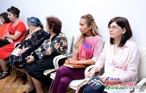 Xalq şairi Səməd Vurğunun 110 illik yubileyinə həsr olunan elmi sessiya keçirilib