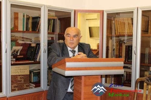 Folklorşünas-alim Elxan Məmmədlinin 70 yaşı qeyd edilib