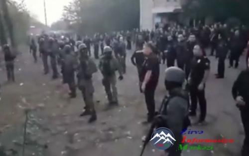 Gürcüstanın Marneuli rayonunun seçki məntəqəsində qarşıdurma baş verib -- Y ...