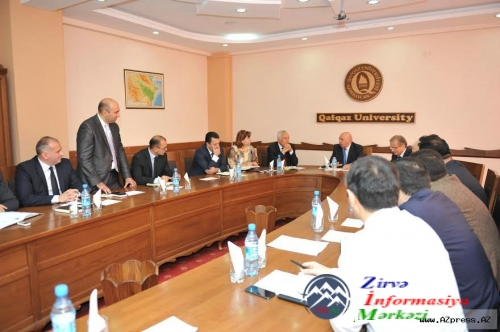 Qafqaz Universitetində AİCT-2016 konfransına hazırlıq iclası keçirilib