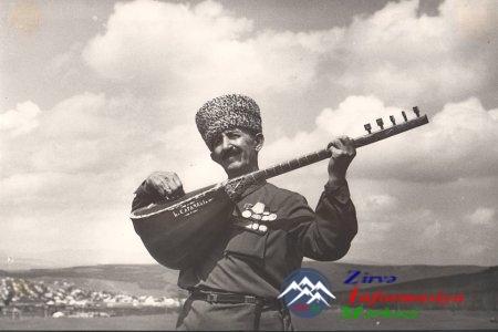 Ustad aşıq Hüseyn Saraçlının 100 illiyi münasibəti ilə yubiley tədbiri keçi ...