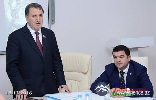 """""""Naxçıvan – dünyanın ən qədim şəhərlərindən biri"""" kitabı təqdim edildi"""