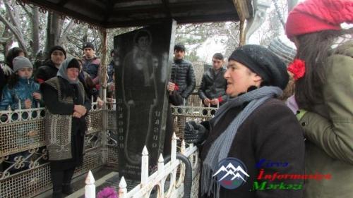 Bu gün Faxralıda Qanlı 20 Yanvarda həlak olan 25 yaşlı gəncin qəbrini ziyarət etdik...