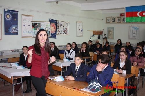"""""""Gənclər elmi və bədii ədəbiyyat işığında"""" layihəsi"""