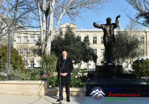 İlham Əliyev görkəmli dirijor, maestro Niyazinin Bakıda abidəsinin açılış mərasimində iştirak edib