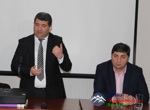 Deputatlar Marneuli şəhərinin fəal xanımları ilə görüşmüşlər