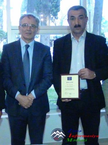"""""""ATV""""-nin Gürcüstan müxbiri Nadir Almazoğlu diplomla təltif olunub"""