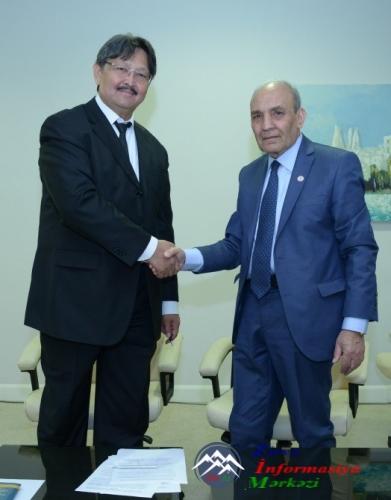 AMEA Dilçilik İnstitutu Qazaxıstan Elmlər Akademiyasının Dilçilik İnstitutu ilə əməkdaşlıq edəcək
