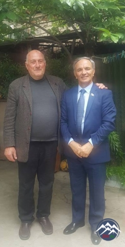 """Mətbuat Şurası """"Gürcüstan"""" qəzetinin redaktorunu təltif edib"""