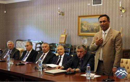 """Tbilisidə """"Multikulturalizm: beynəlxalq təcrübə və Azərbaycan nümunəsi"""" kitabının təqdimatı olub"""