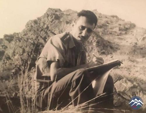 Növbəti müsahibimiz Respublikanın ilk əməkdar hərbi jurnalisti İbrahim Rüst ...
