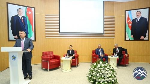 """""""Elm və təhsil İlham Əliyev siyasətinin prioritet istiqamətlərindən biri ki ..."""
