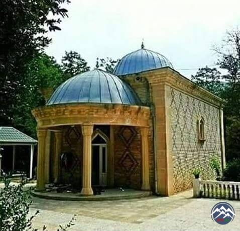 BABAGİL (BOBOGİL) TÜRBƏSİ