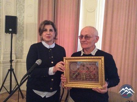 Tiflisdə Azərbaycan yazıçılarının əsərlərindən ibarət