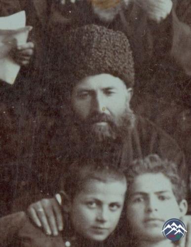 Mirzə Həsən Əfəndi  Əlqədari və Azərbaycan