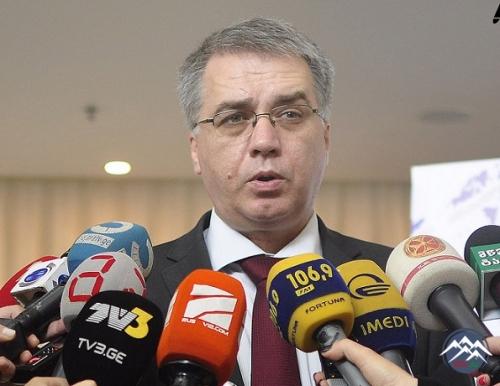Səhiyyə naziri Davit Sergeenko Qızılhacılıda baş vermiş hadisə nəticəsində  ...