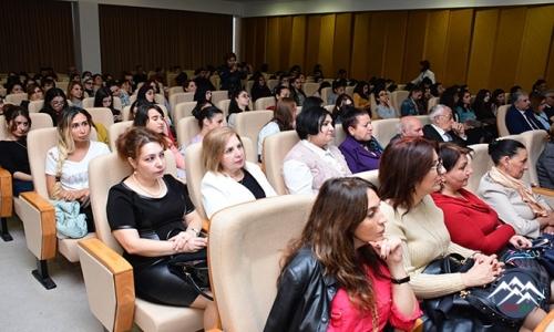 """""""XIX əsr Azərbaycan ədəbiyyatı"""" dərsliyinin təqdimatı olub"""