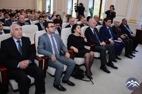 """""""Ədəbiyyatda və incəsənətdə multikulturalizm və tolerantlıq"""" mövzusunda elmi sessiya keçirilib"""