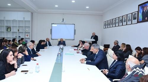 """AMEA-da """"M.P.Vaqif və Azərbaycan dili"""" mövzusunda elmi sessiya keçirilib"""