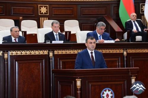 Gənc alimlər Prezident İlham Əliyevə müraciət ünvanlayıblar
