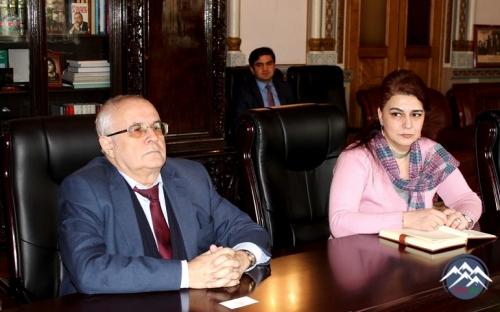 AMEA-nın prezidenti Monqolustanın ölkəmizdəki səfiri ilə görüşüb