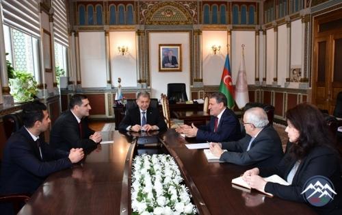 AMEA-nın prezidenti Türkiyənin ölkəmizdəki səfiri ilə görüşüb