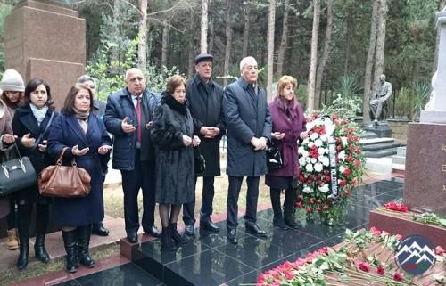 Dünya şöhrətli alim Cəlal Əliyevin xatirəsi anılıb