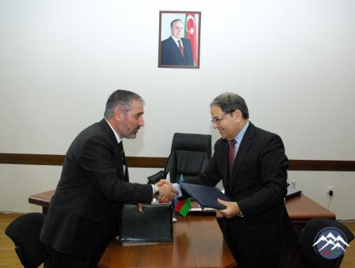 Ardahan Universitetinin rektoru və nümayəndə heyəti AzTU-da olub