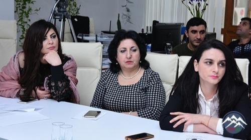 AMEA-da Beynəlxalq Ana Dili Gününə həsr olunan tədbir keçirilib