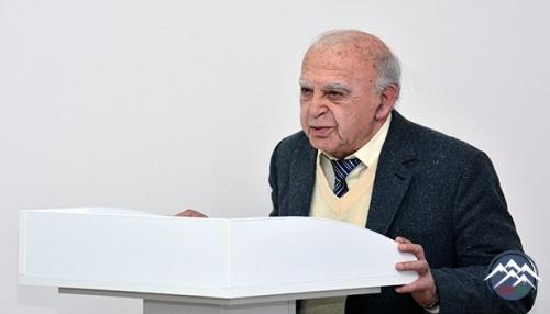 Akademik Feyzulla Qasımzadənin 120 illik yubileyi AMEA-da qeyd olunub