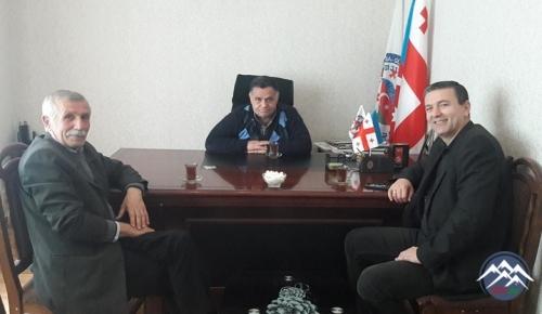 Tbilisi Təhsil Universitetinin xarici əlaqələr üzrə meneceri Gürcüstan Azər ...
