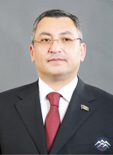 Erməni əsirliyində olan prokurorun oğlu Rövşən Rzayev komitə sədri təyin olunub