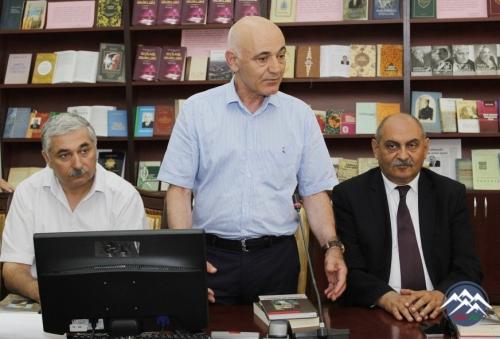 """Milli Kitabxanada """"Qəzənfər Paşayev. Biblioqrafiya"""" kitabının təqdimatı olub"""
