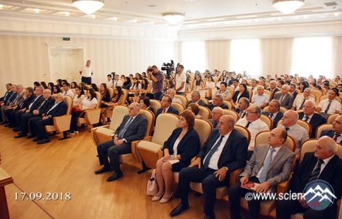 AMEA-da magistrantların Bilik Günü qeyd edilib