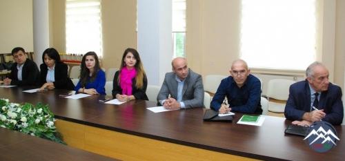 AzTU ilə MDB PAA DİMBİ Bakı filialı arasında memorandum imzalanıb